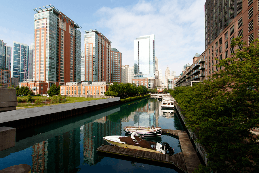 Condos-on-river-Chicago